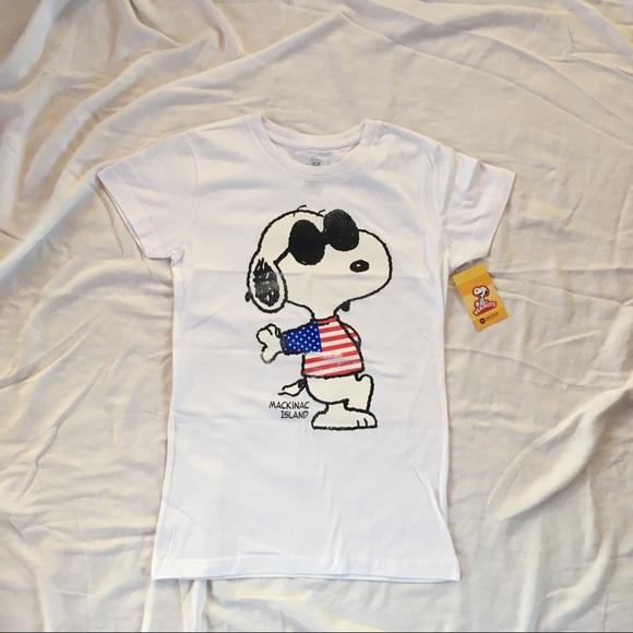 ab0dc840ba0 Snoopy Joe Cool peanuts T-shirt Mackinac Island